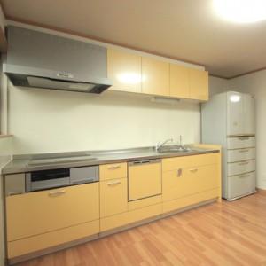 明るいキッチンと、ゆったりくつろげるお風呂で快適な生活を。 岐阜・瑞穂市 施工事例写真