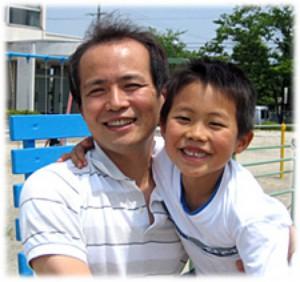 株式会社きららホーム代表の井上 隆元です。笑顔で幸せに暮らせる家づくりをお手伝いしています。