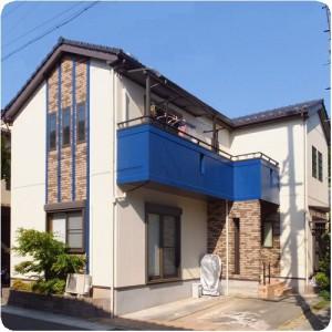 青のアクセントが効いた、仲良し4人家族の家 岐阜市T様邸外壁塗装成功物語  施工事例写真
