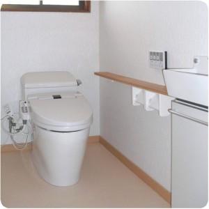 明るくて使いやすいトイレに、子供たちも大喜びです。 岐阜・揖斐川町 施工事例写真