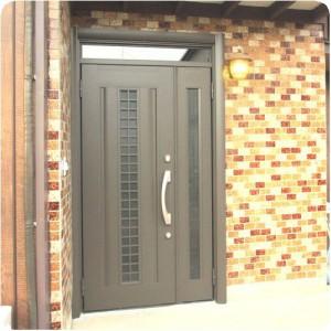 玄関のドアが新しくなって、安心して暮らせます。 岐阜・瑞穂市 施工事例写真