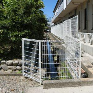 危なくないようにフェンスを取り替えたい 瑞穂市社会福祉法人様 施工事例写真