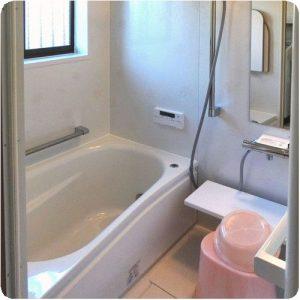 暖かくなったお風呂がうれしくて、ついつい長風呂に  岐阜県瑞穂市N様邸 施工事例写真