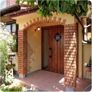 変わり様に来客が驚く!築40年の家の玄関を劇的にリフォーム 岐阜県瑞穂市 施工事例写真